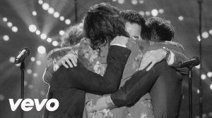 One Direction au scris o pagină de istorie (MoozHits & MoozHD)